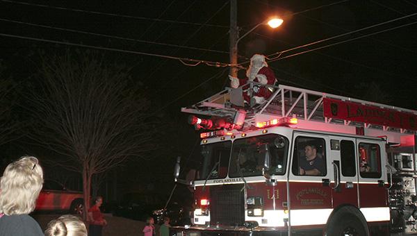 Poplarville Christmas Parade 2020 Poplarville preps for Fri. parade   Picayune Item   Picayune Item